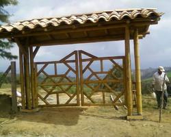 portao de bambu