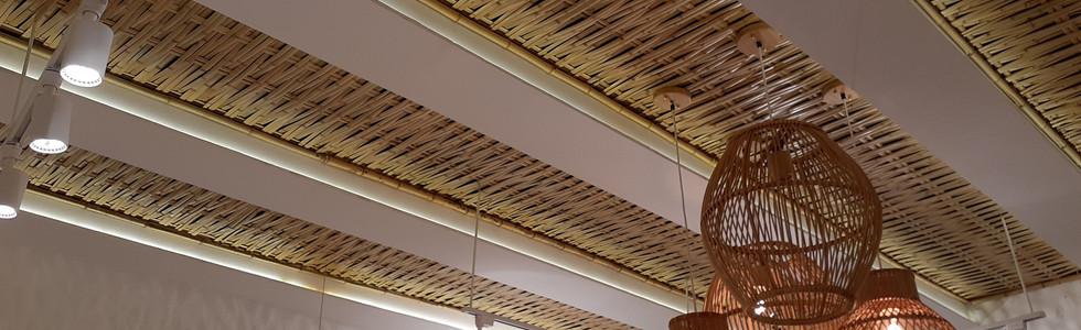 rebaixamento com forro de bambu