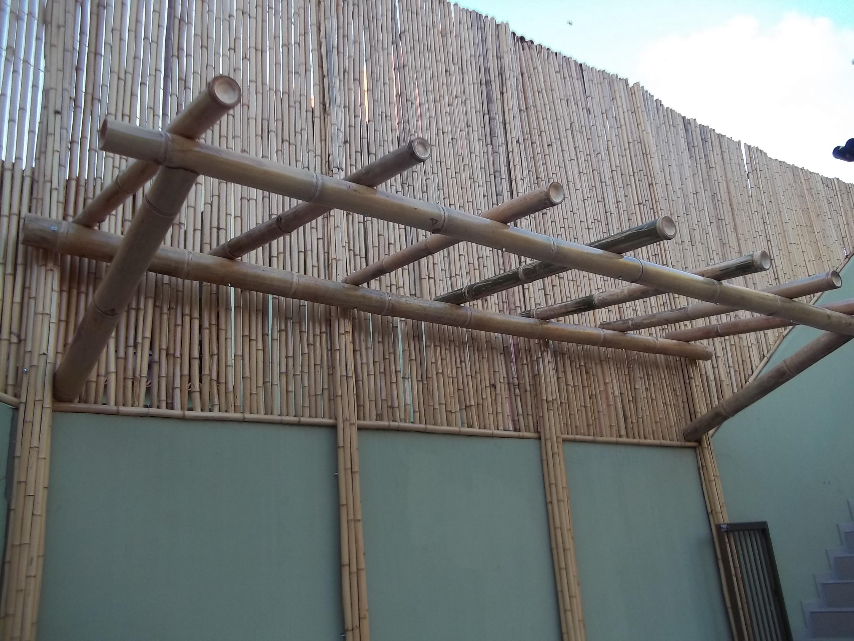 pergola de bambu gigante