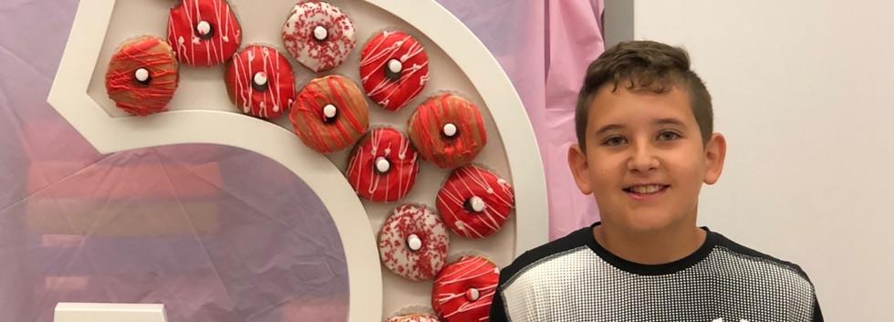 #5 Donut Wall