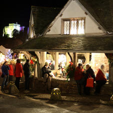 dunster-by-candlelight02.jpg