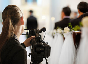 How-To Guide: Hiring the Right Wedding Videographer