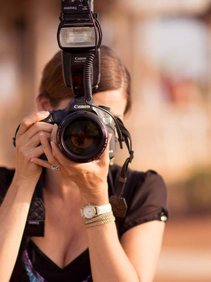What Should You Expect When Booking a Photographer?