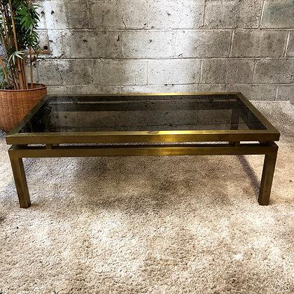 Table en métal doré - 615