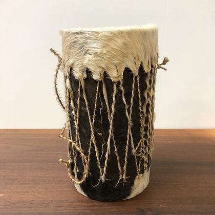 Ancien tambour en peau- C129
