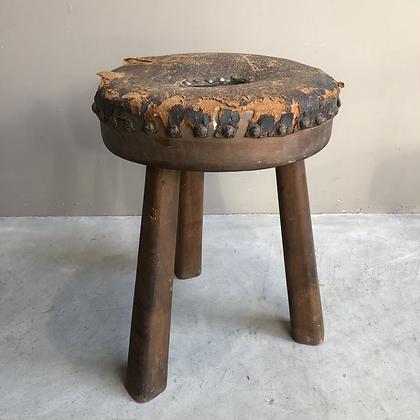 Petit tabouret en bois -  636
