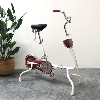 Vélo d'appartement vintage - C423