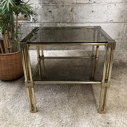 Table bout de canapé en verre fumé - 470