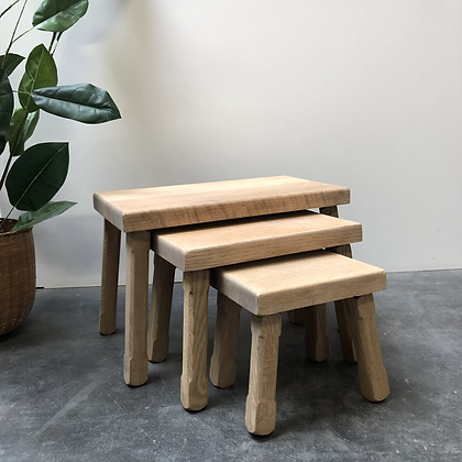 Tables gigognes en bois aérogommé - C427