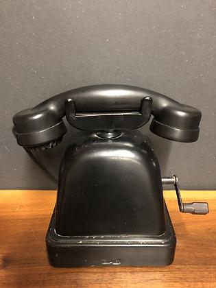 Ancien téléphone à manivelle - 85