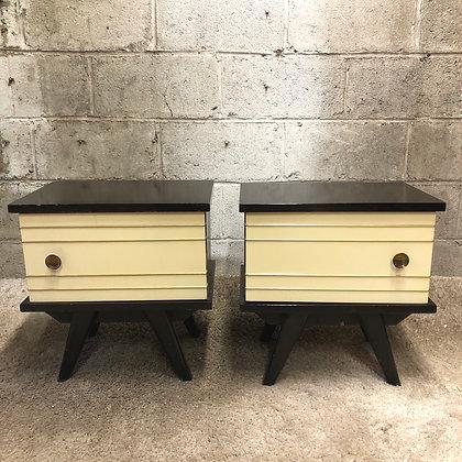 Paire de tables de nuit vintage - 610
