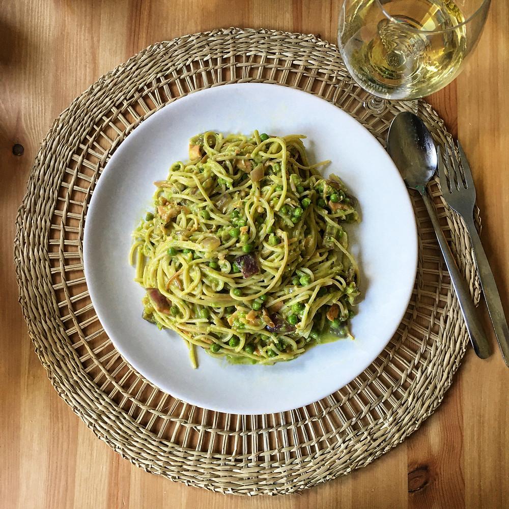 Pasta, pasta Carbonara, tuinerwten, zalm, witte wijn,