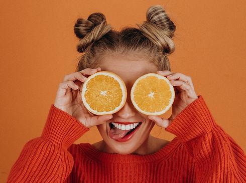 immunsystem-frau-orangen-noah-buscher-my