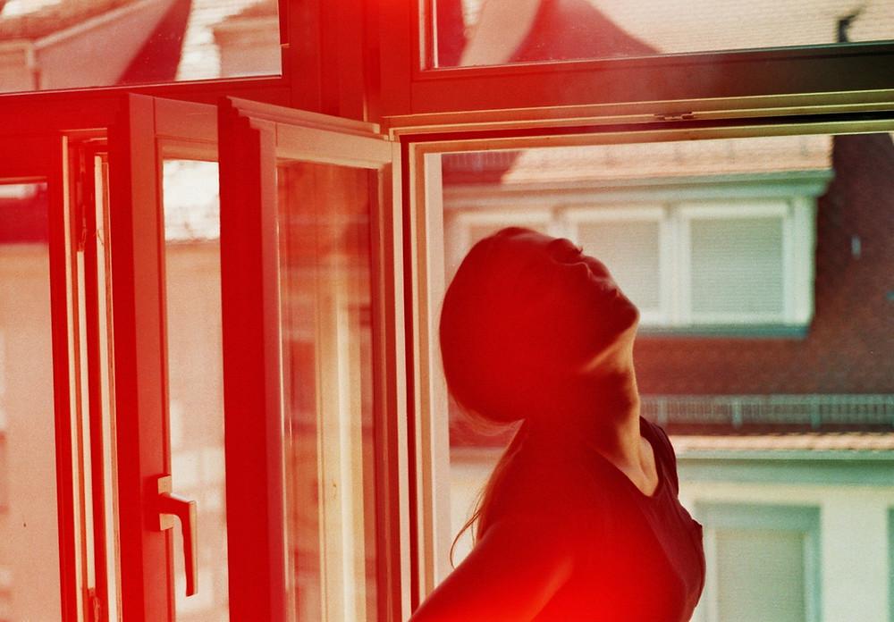 positive Periode Frau rot | myGiulia