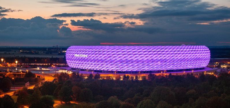 Allianz Arena #purplelightup