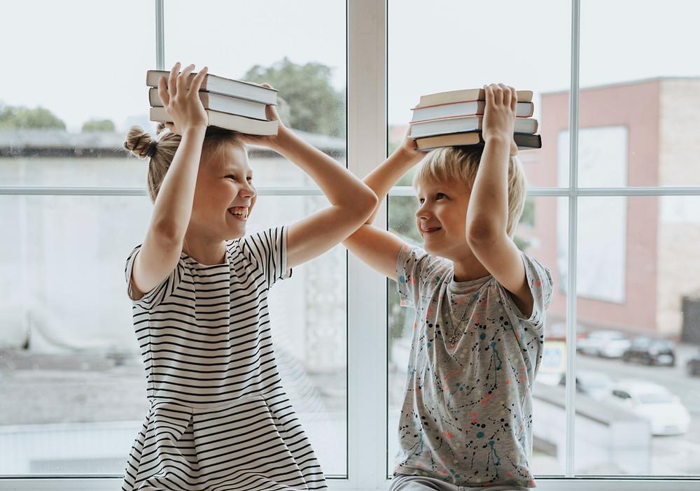 glueckliche Schulkinder | myGiulia
