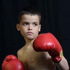 Boxing-child-children_2560x1600.jpg