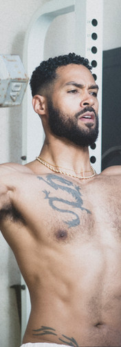 lamon-archey-dumbbells-weights-shirtless.jpg