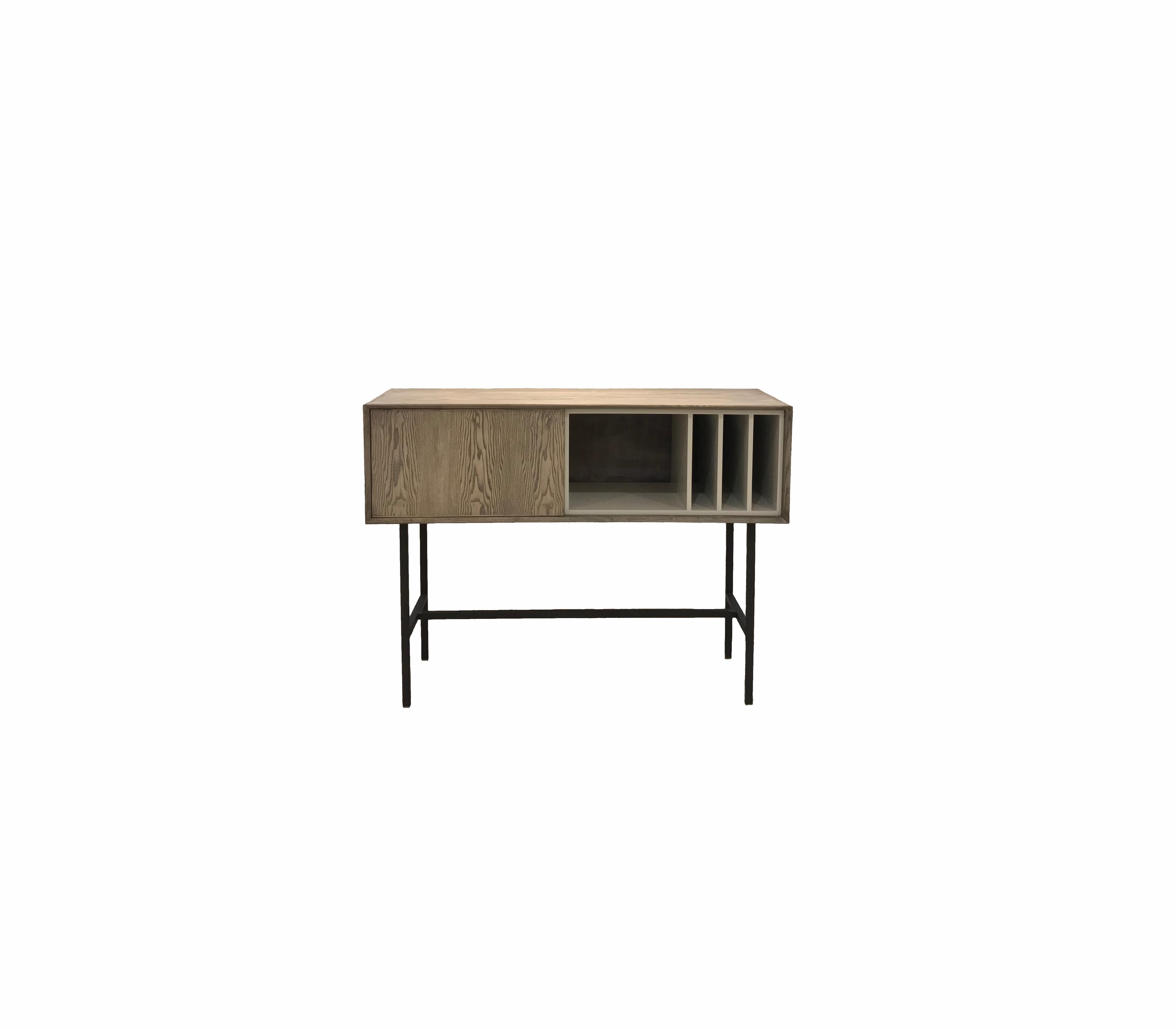 Stark storage/drinks cabinet