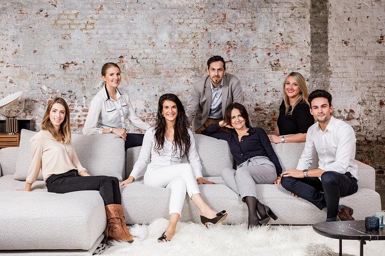 Het team van ons relatiebureau gaat op zoek voor jou naar je ideale partner. Wij regelen de leukste dates voor je zodat daten terug een aangename ervaring wordt.