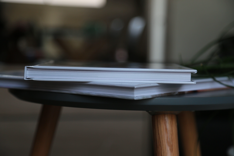 Book 20x20cm