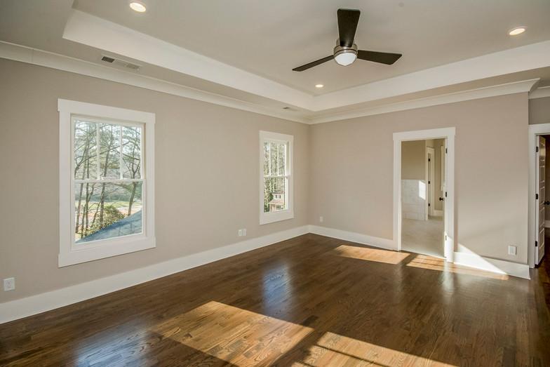 Silvastone - Master Bedroom