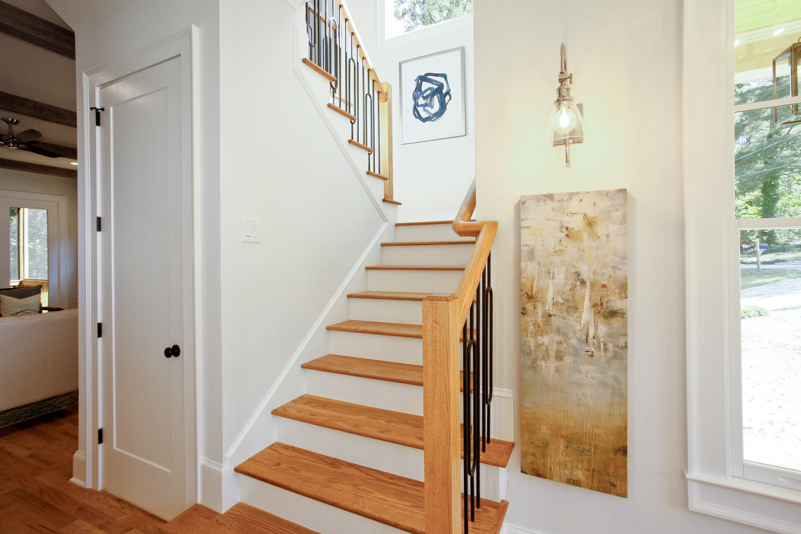 1756 Briarlake - Stairwell