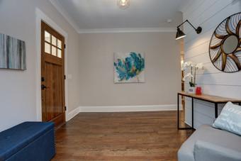 Beacon Hill - Foyer