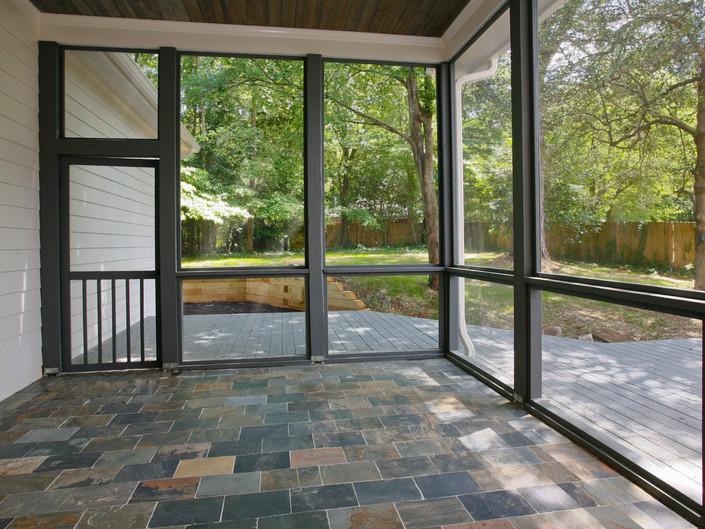 Janellen - Screened Porch