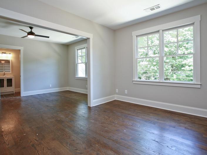 Janellen - Upstairs Bedroom