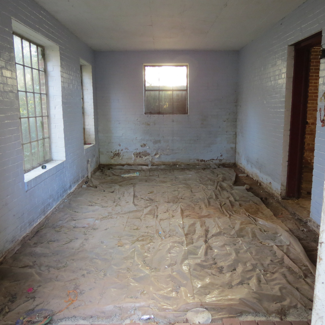 Basement Sunroom - Before