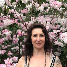 Iris Fröhlich Medium bietet mediale Beratung an in Zürich Schwez