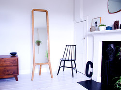 r-mirror-interior1-72dpi