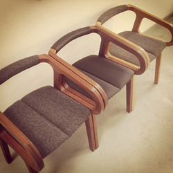 R-Chair