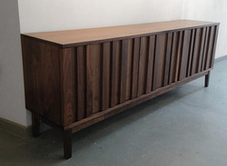 'strip' storage unit (walnut)