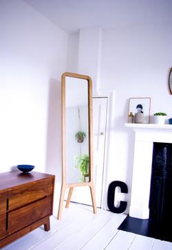r-mirror-interior-72dpi