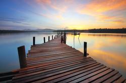 beach-boat-dawn-165213