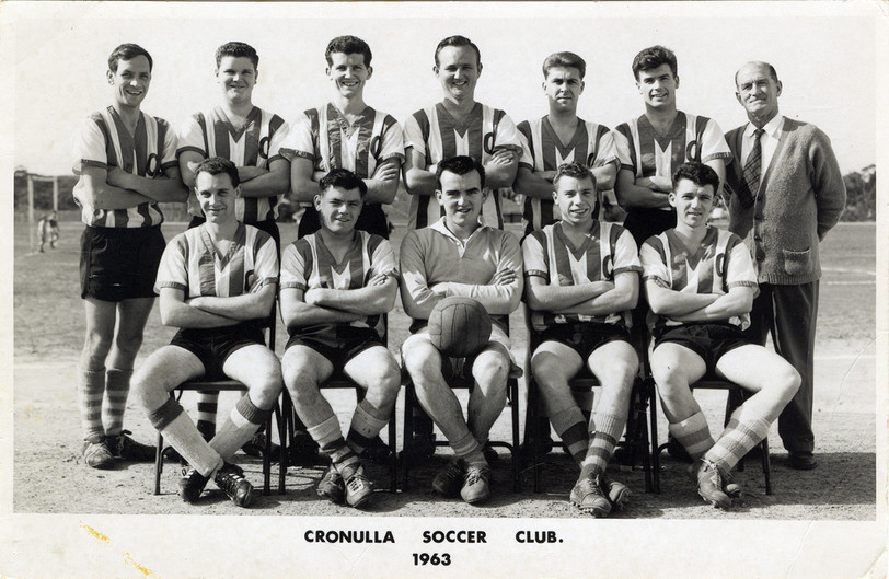 1963_soccer club team unknown.jpg