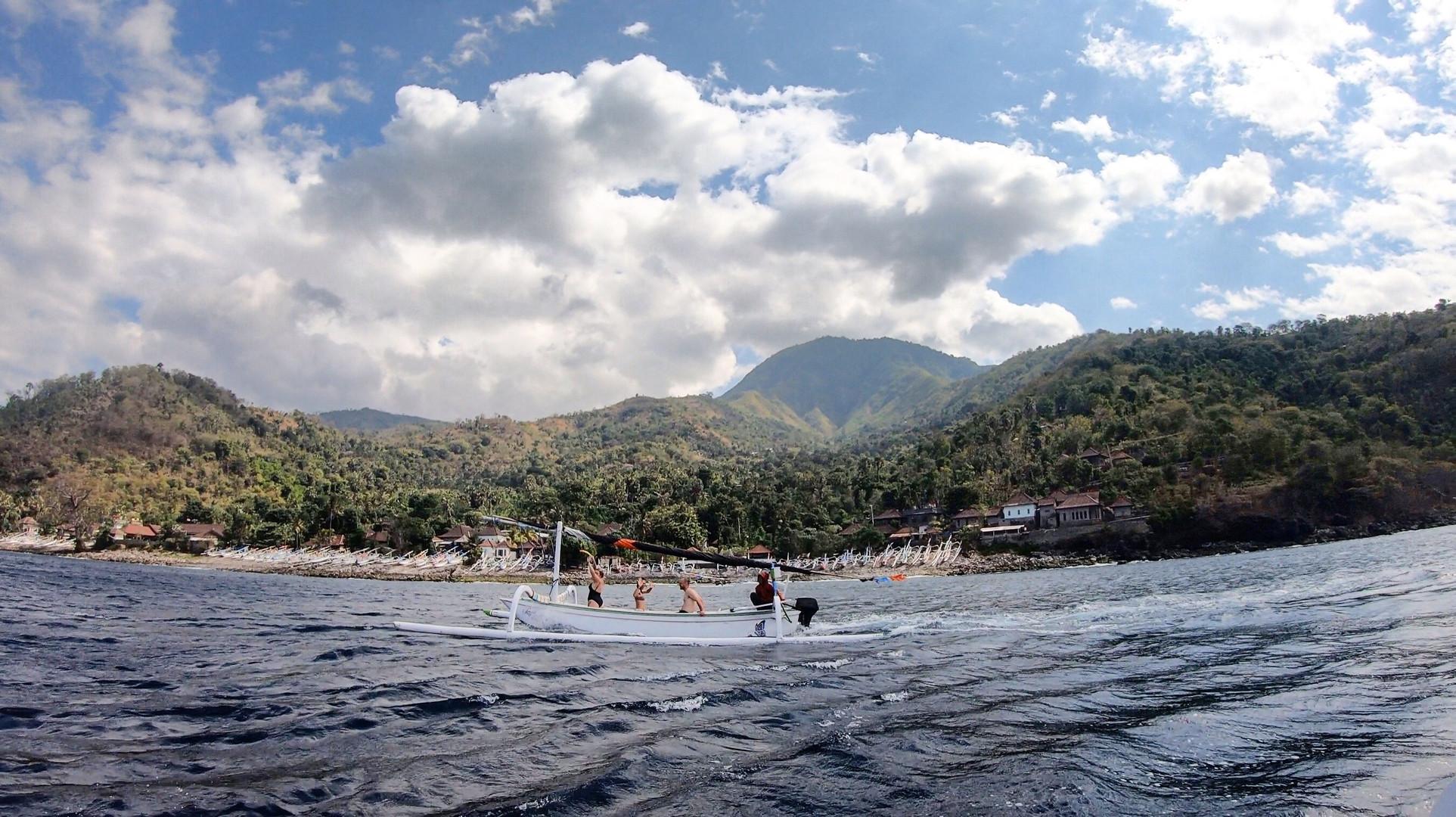 Diverse terrain & boat adventures Amed, Bali
