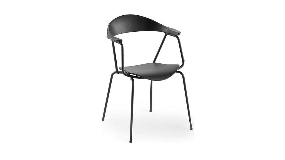 Piun Arm Chair