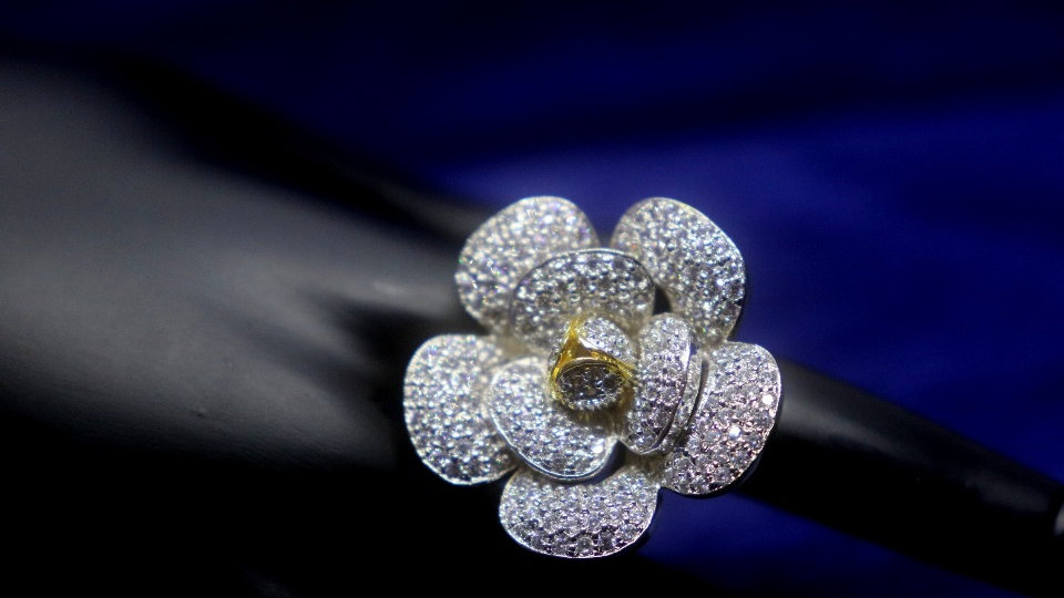 Rose shaped American Diamond finger rings with an year warranty