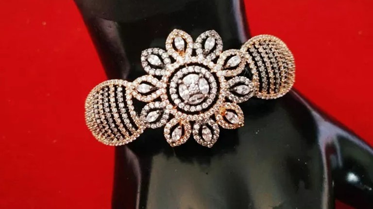 Beautifully designed american diamond kada with warranty