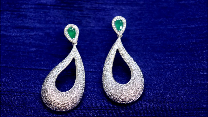 Buy this beautiful American Diamond Earring with an year warranty