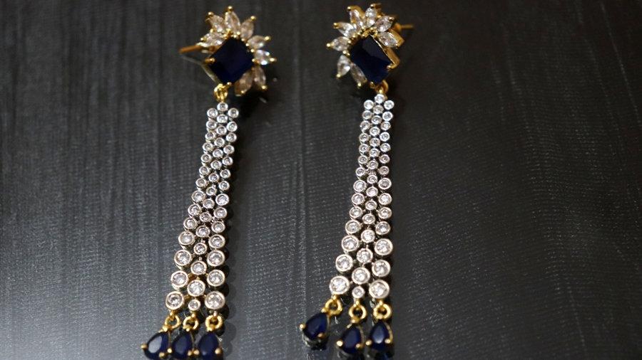 Sleek and elegant Earrings/Danglers with warranty