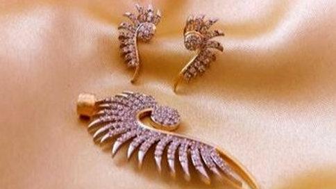 Stylish and elegant American Diamond Pendant set with wa