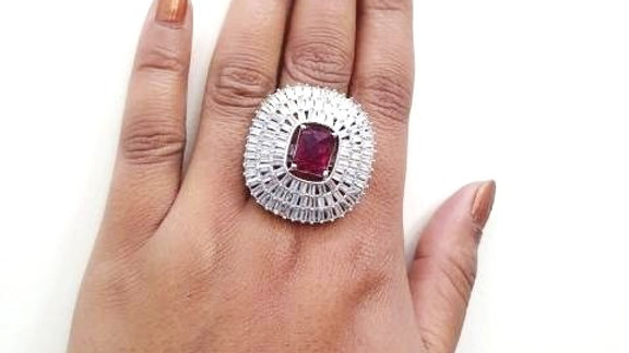 Cubic zircon,elegant and stylish finger ring with warranty