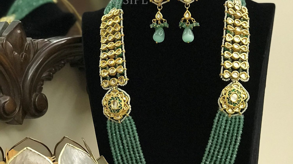 Amazing Handmade Meenakari Necklace Set with earring