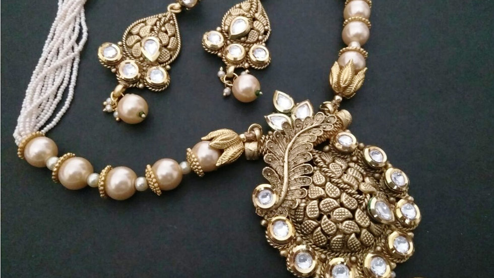 Fresh water pearl and Kundan Stones studded gold plated Necklace set