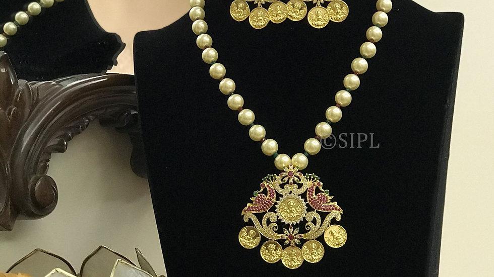 Beautiful Gold Plated Goddess Laxmi with Peacock Design Pendant Set