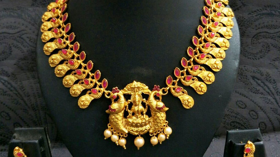 American Diamond Stones studded,Gold plated Necklace set with warranty